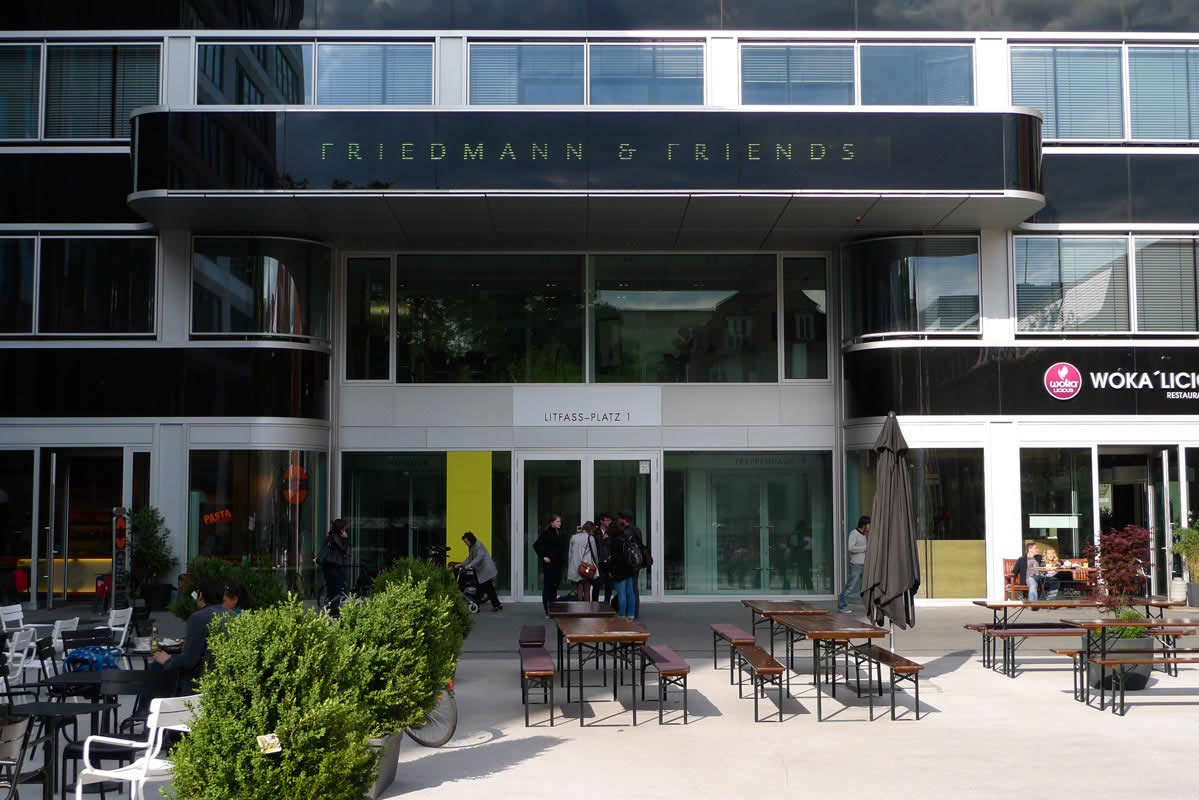 Friedmann & Friends